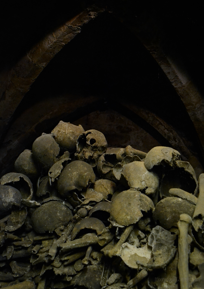 Bone Crypt, Holy Trinity Church, Rothwell © Bryony Whistlecraft | MooredgeintheMist.com