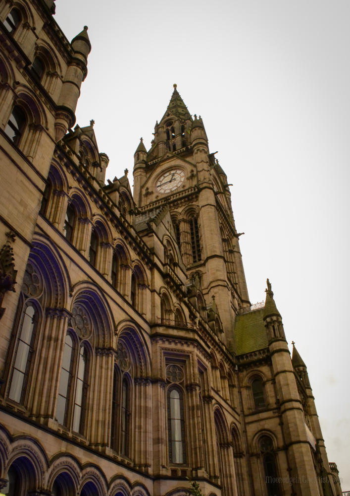 Manchester Town Hall, Exterior © Bryony Whistlecraft | MooredgeintheMist.com