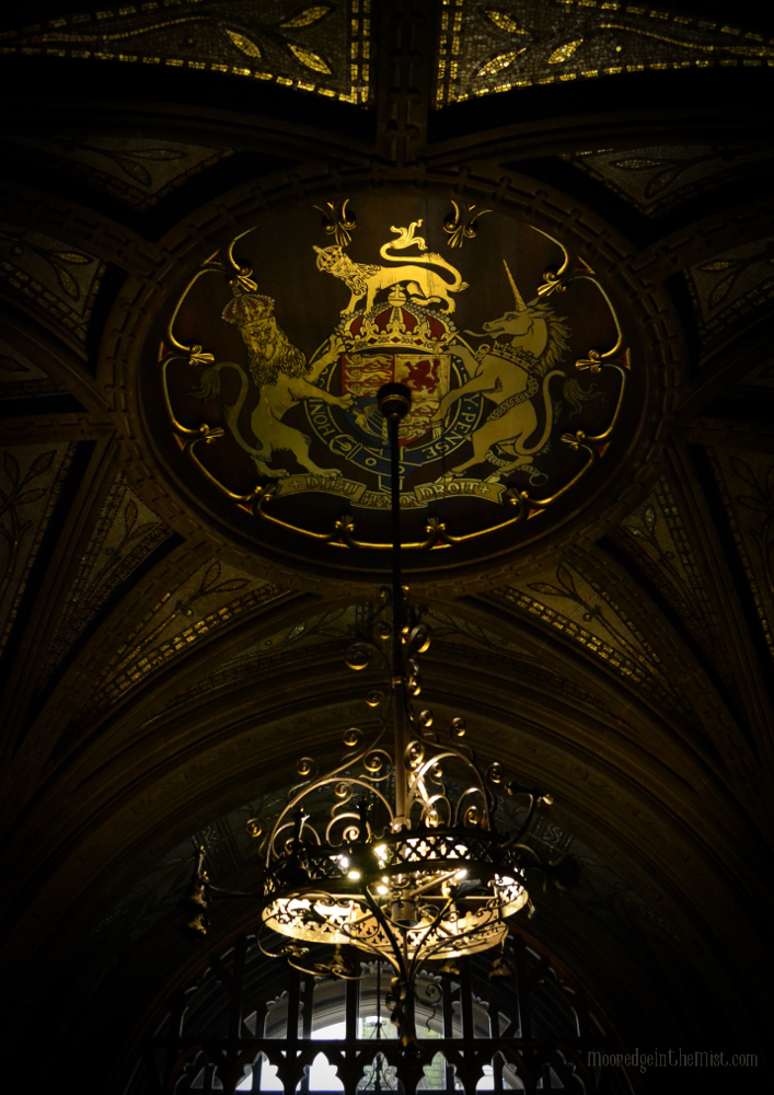 Manchester Town Hall, Ceiling in Entrance Hall © Bryony Whistlecraft | MooredgeintheMist.com