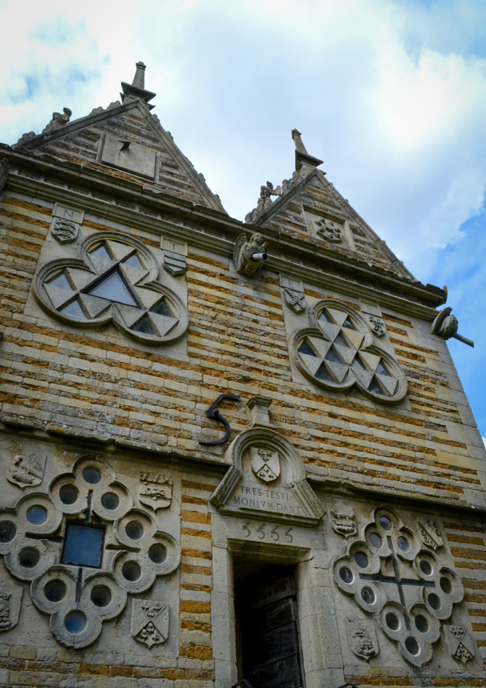 Triangular Lodge, Rushton, Northamptonshire © Bryony Whistlecraft | MooredgeintheMist.com